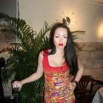 Дискуссия прошла на «ура» — демонстрировали роспись на одежде, делали make-up, пели «Желтые глаза».